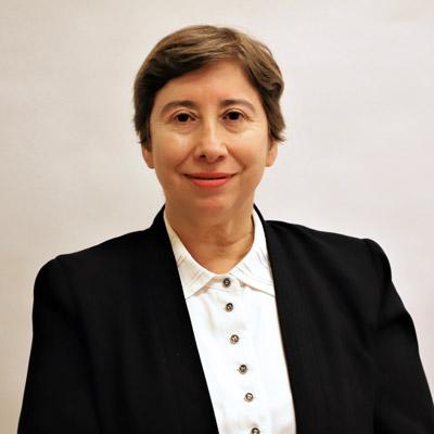 Colegio Medico Regional Santiago ejecutiva Maria Elena Olave