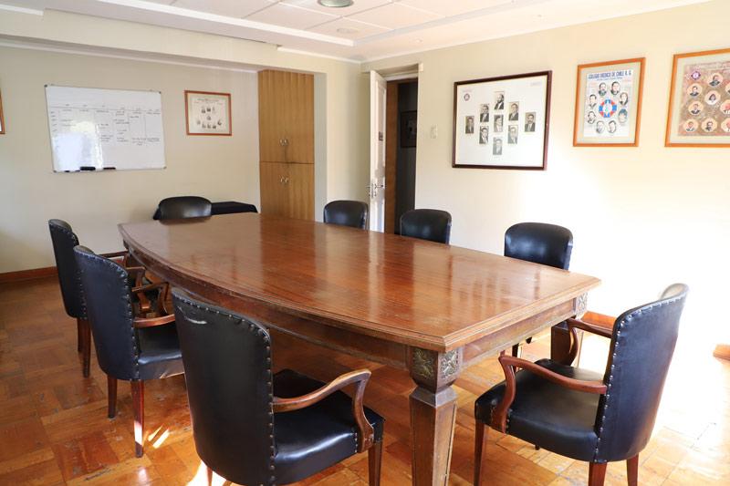 Colegio Medico Regional Santiago salon de reuniones 2